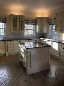 Shaker kitchen; granite worktops; Neff/Miele appliances