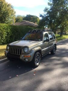 Jeep Liberty renegade 124k pneus hivers