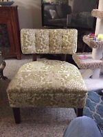 Beautiful accent chair!