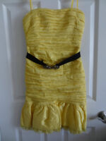 BCBG DRESS SIZE 4 with belt