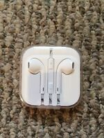 AUTHENTIC Apple earbuds. *BRAND NEW