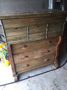 Antique dresser cabinet Quebec 1800s