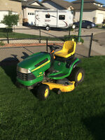 JD LA145 Riding Mower