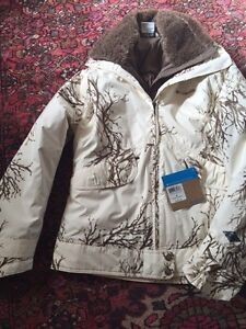 New with tags, Women Columbia winter Parka - M