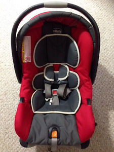 Infant car seat with base(Chicco)