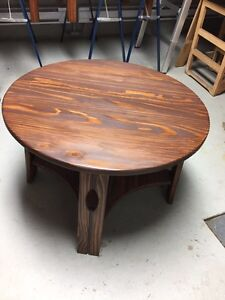 Round coffee table West Island Greater Montréal image 1