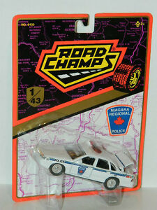Road Champs 1/43 Ford Crown Victoria Niagara Police Diecast Car