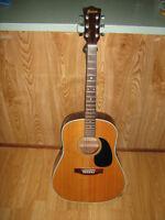 Maison Guitar.