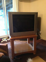 "27"" Sony Flat Screen Front TV"
