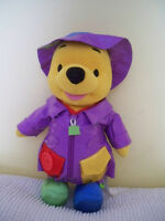 SPRING / EASTER - Talking Winnie the Pooh (Learn 'n Dress)
