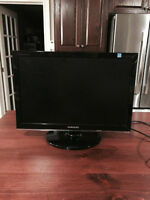 Samsung Monitor - In Excellent Condition!!