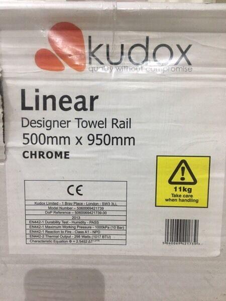 Kudox linear chrome towel rail