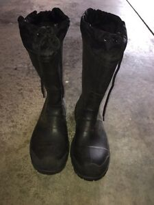 Insulated Kamik Rubber Boots Size 9