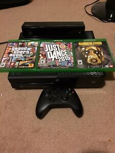 XBOX ONE WITH KINECT BUNDLE MINT CONDITION  London Ontario image 1
