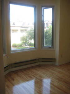 *NEW* 4 BDR ~SANDY HILL - LAURIER AVE & SWEETLAND- OTTAWA U-MAY1