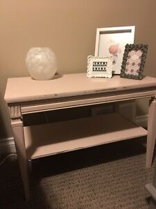 Distressed coffee table for girls room  Strathcona County Edmonton Area image 1
