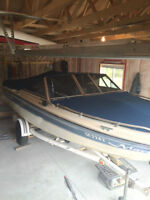 Peterborough 18 FT Bowrider Inboard/Outboard