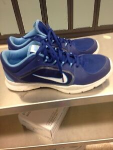 Ladies size 8 Nike sneakers