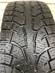 Hankook studded Snow tires