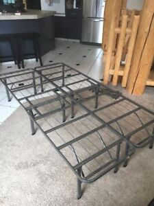 Adjustable Twin/Double bed frame/base