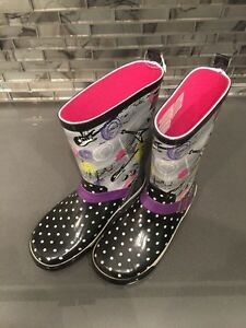 Girls rain boots Kitchener / Waterloo Kitchener Area image 1