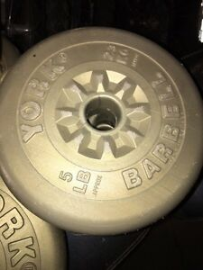 Weights and bench press No Bar available only weights and bench Cambridge Kitchener Area image 3