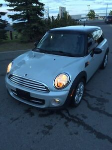 2011 mini cooper, hard top, automatic