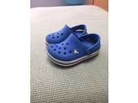 Crocs child size 4-5
