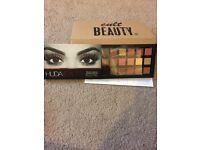 Huda beauty eyeshadow palette genuine with reciept