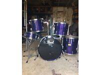 Drum kit (pearl)
