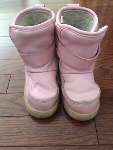 Girl boots- winter boots-child size 8 boots