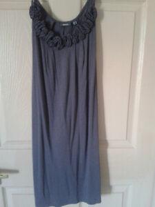 Grey Dresses Kitchener / Waterloo Kitchener Area image 2
