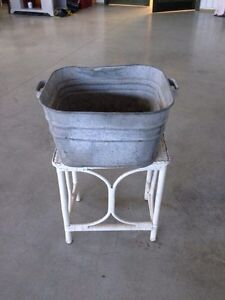 Vintage laundry Tub London Ontario image 1