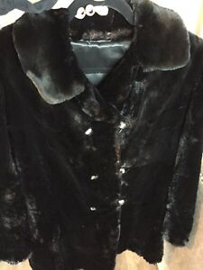 Gorgeous & Warm Black Real Sheared Beaver Car Coat MUST SELL! London Ontario image 2