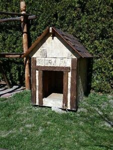 GREAT DOG HOUSE