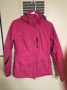 Woman's Columbia jacket (small)