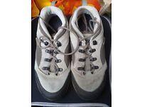 Ladies Berghaus walking shoes (size 6)