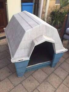 Large Old Petmate Plastic Dog Kennel Beckenham Gosnells Area Preview