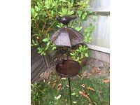 Vintage Metal Bird Bath/Feeder Freestanding