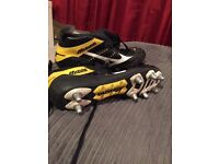 Mizuno Warrior Rugby Boots UK13