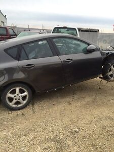 2010 Mazda 3 parting out