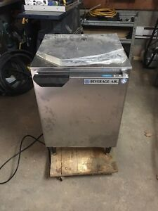 Commercial freezer congelateur