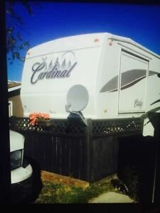 35ft Cardinal fifth wheel on leased lakefront lot at Candle Lake