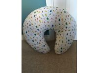 Widgey nursing feeding sit me up baby donut pillow cushion