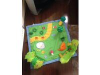 Baby play mat and sit me up ring