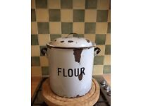Flour bin