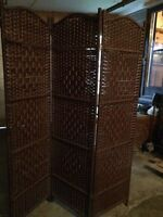Looking for a privacy screen/room divider similar to this