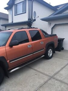 Mint 2005 Chev Z71 Avalanche LOW KMs Strathcona County Edmonton Area image 4