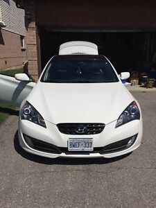 2012 Hyundai Genesis Coupe GT-RSPEC Coupe (2 door)