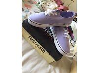 Soulcal & Co purple shoes size 5